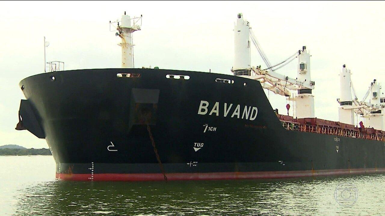 Navios iranianos estão parados sem combustível no litoral paranaense