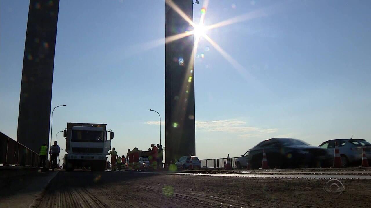 Obras na ponte do Guaíba causam congestionamento na Região Metropolitana de Porto Alegre
