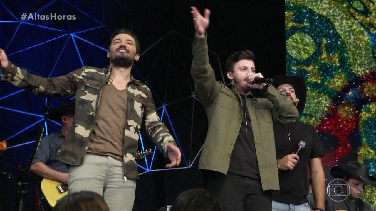 Gabriel Smaniotto canta 'Atrasadinha' com Fernando & Sorocaba