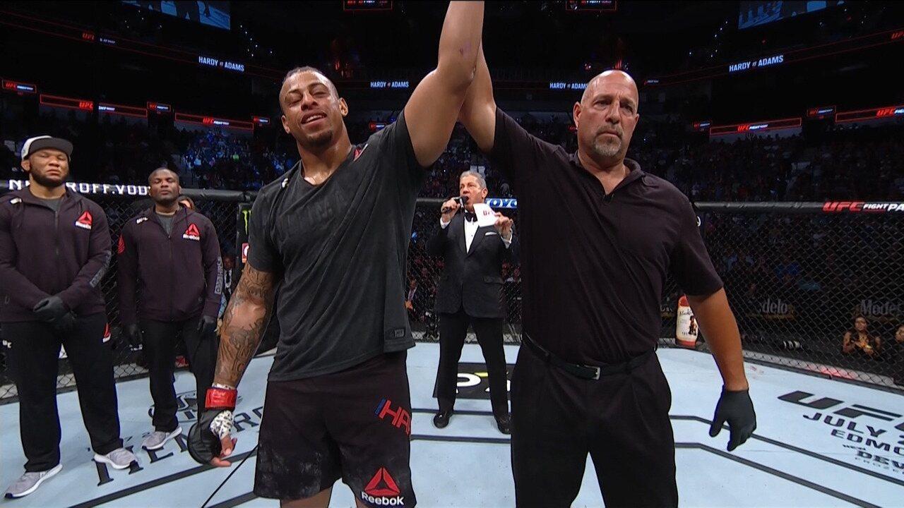 Greg Hardy vence Juan Adams por nocaute no UFC San Antonio