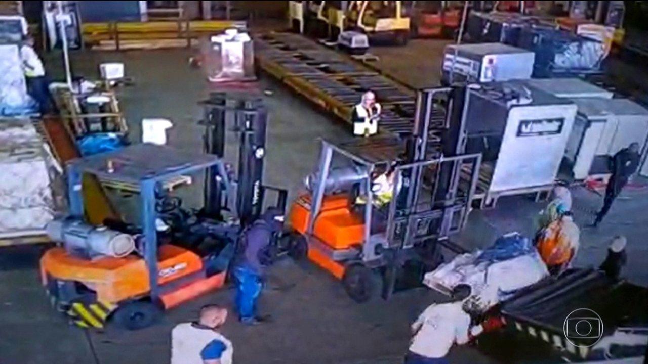 Quadrilha rouba 750 quilos de ouro do aeroporto de Cumbica (SP)