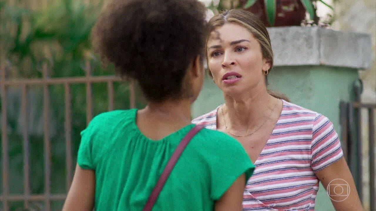 Paloma dá uma bronca em Alice e descobre que ela está grávida