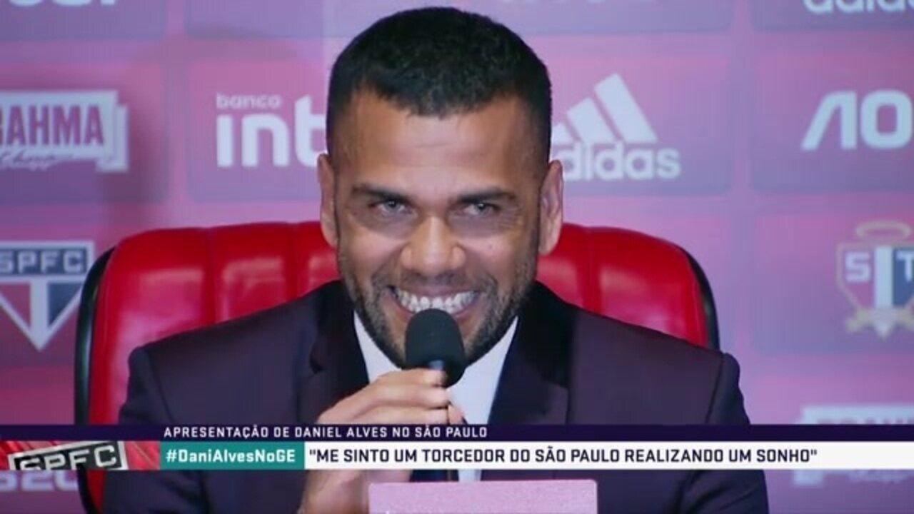 """Daniel Alves brinca e diz que é um jogador """"baratinho"""" para o São Paulo"""