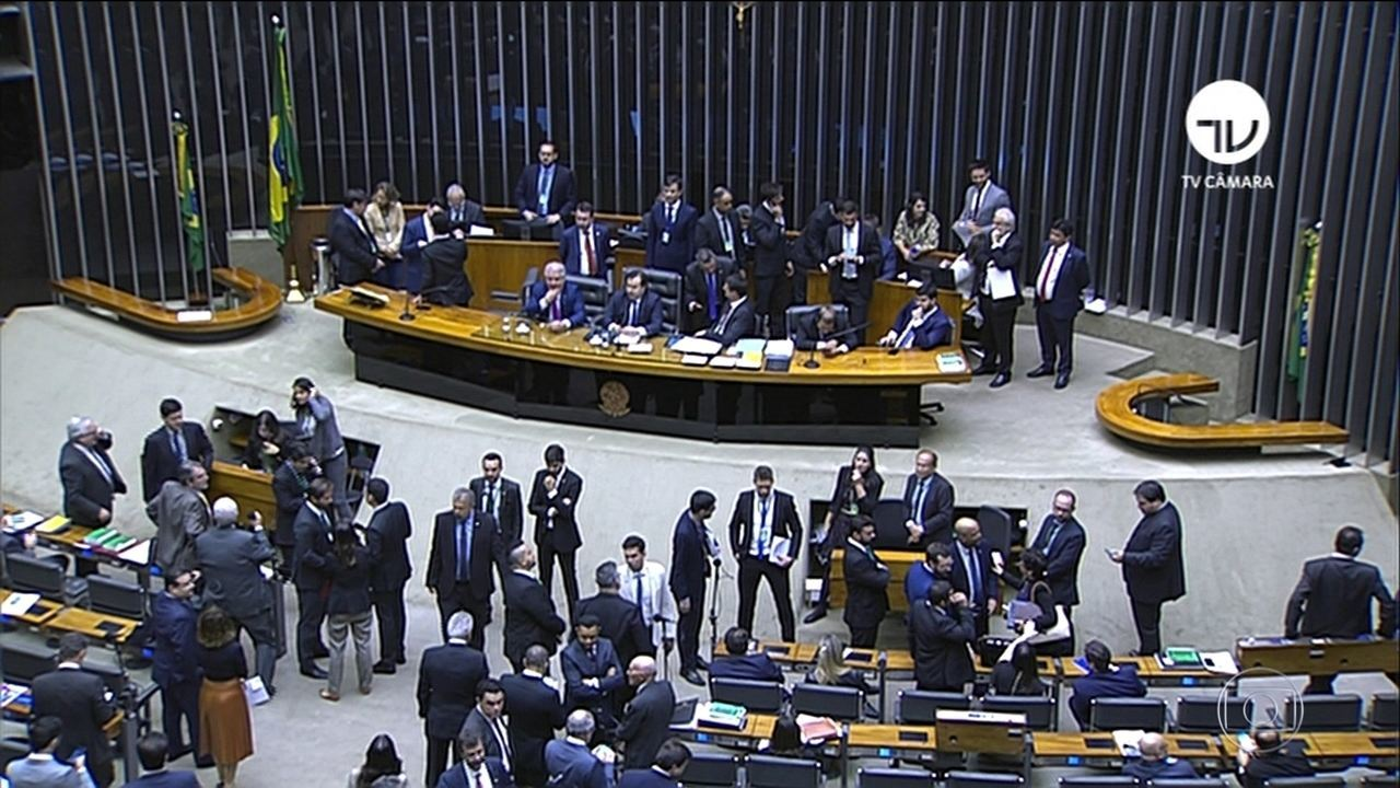 Câmara abre sessão para votar reforma da Previdência em 2º turno