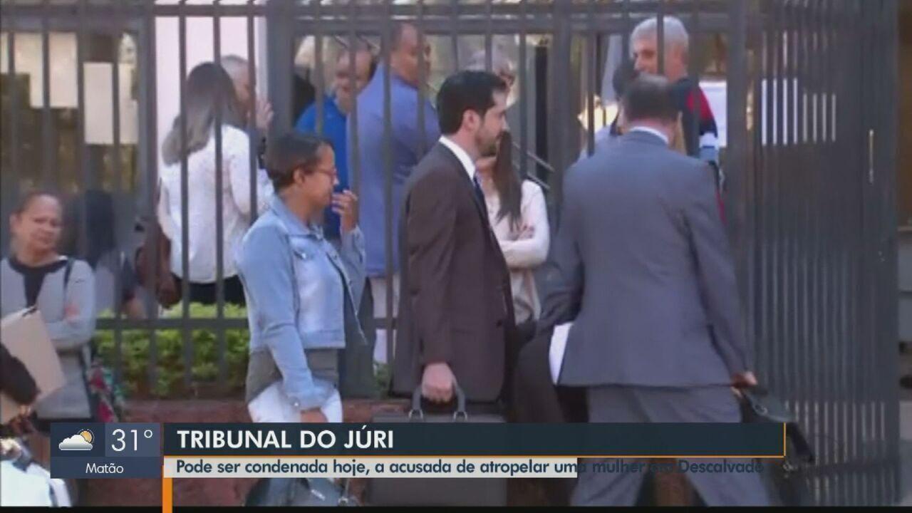 Acusada de atropelar mulher duas vezes é julgada em Descalvado