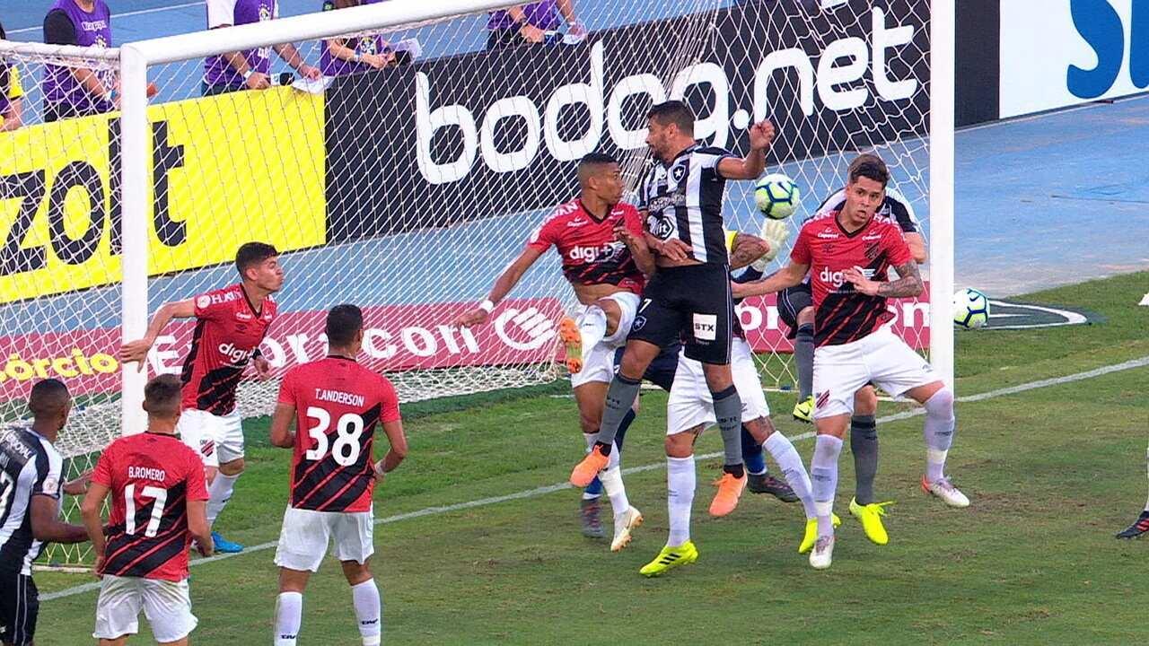 Melhores momentos: Botafogo 2 x 1 Athletico-PR pela 14ª rodada do Brasileirão 2019