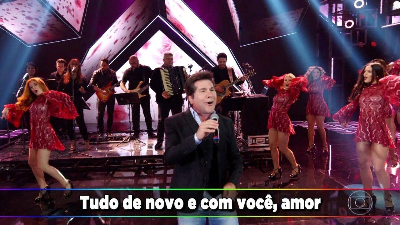 """Daniel canta """"Casava de Novo"""""""