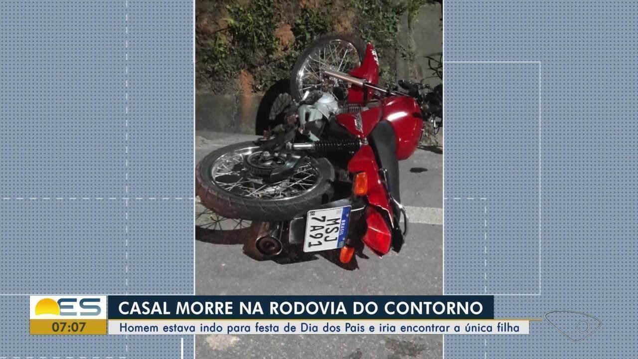 Casal em moto morre após ter contato com fiação telefônica caída em rodovia no ES