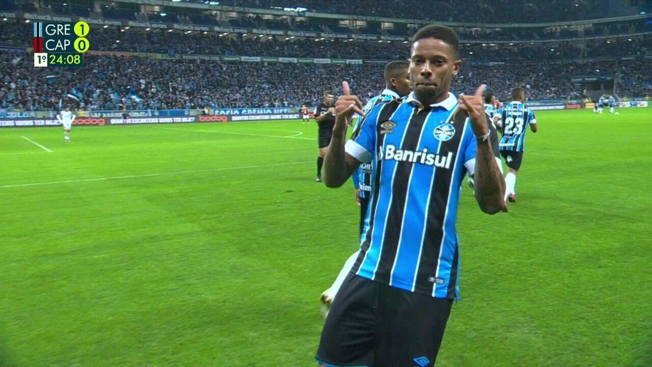 De primeira, André balança as redes no Grêmio 2x0 Athletico