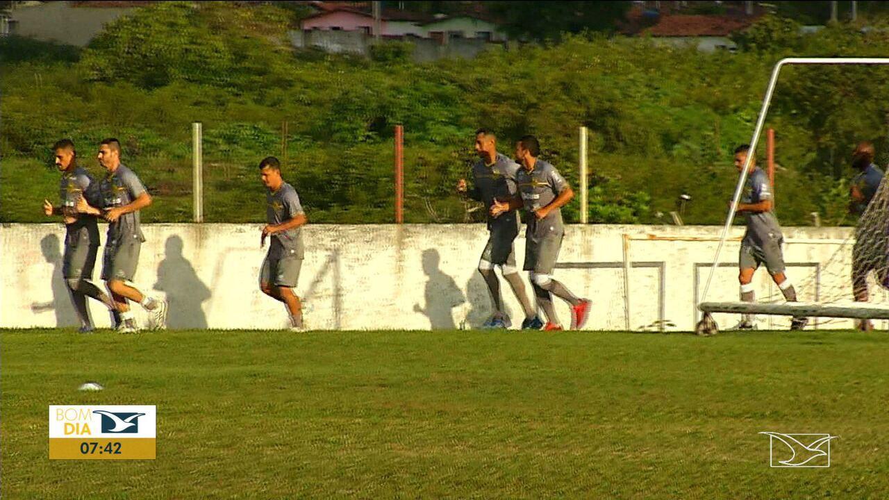 Sampaio Corrêa realiza treino no CT do América-RN