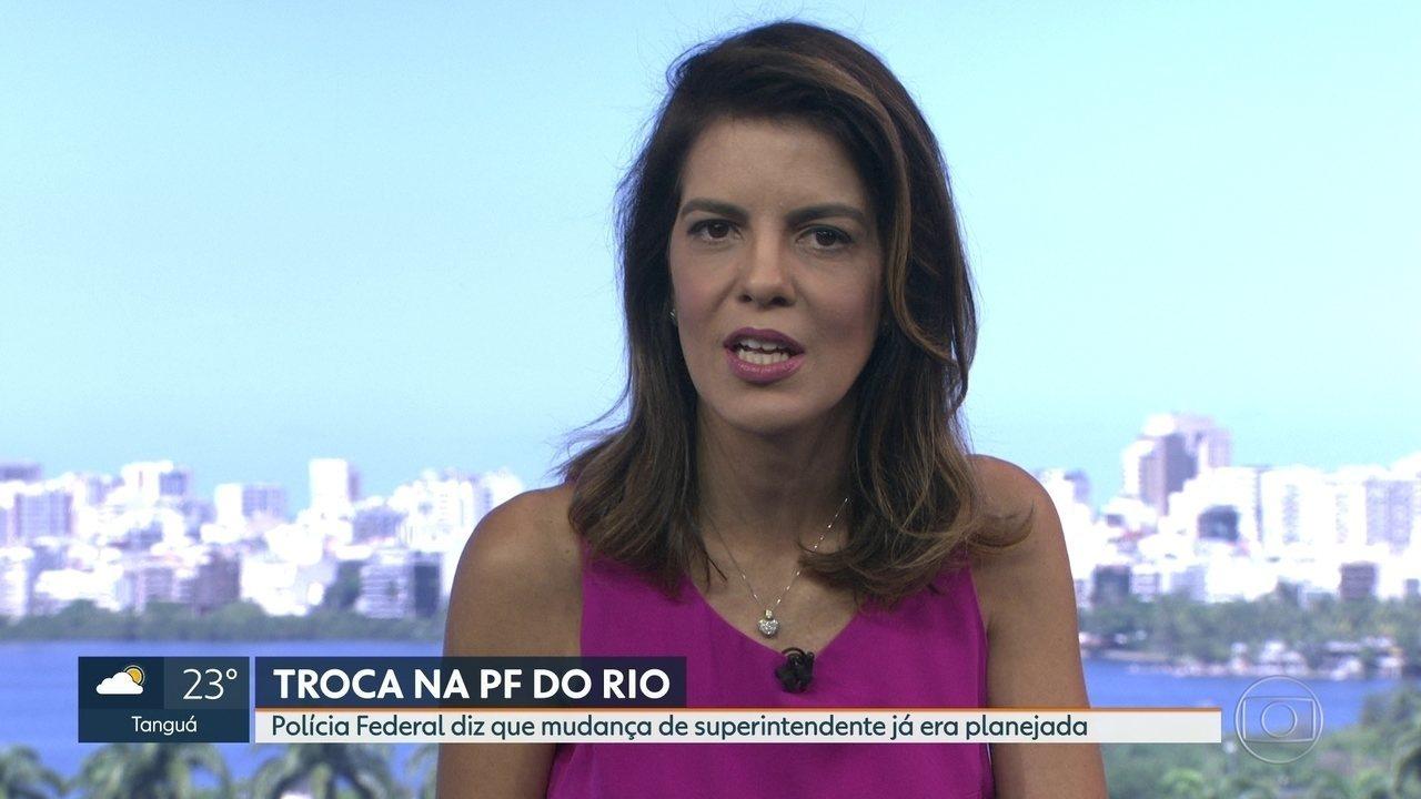 Bolsonaro anuncia que vai trocar o comando da Polícia Federal no RJ
