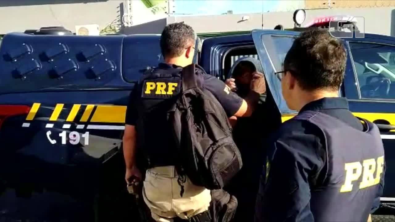 Acusado de furto qualificado é preso na BR-343 durante fiscalização da PRF