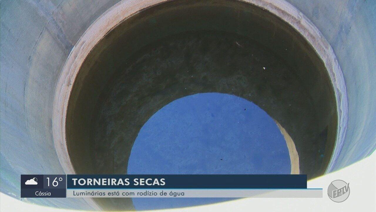 Moradores enfrentam rodízio de abastecimento de água em seis bairros em Luminárias (MG)