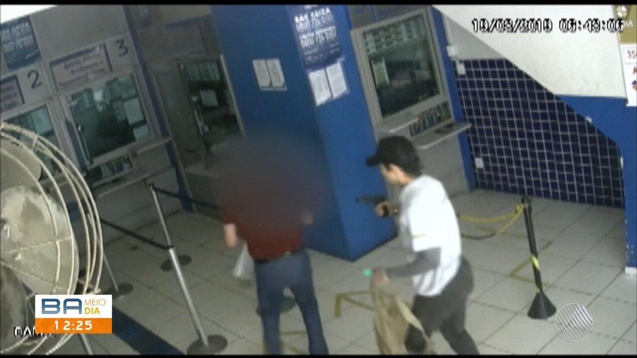 Vídeo de câmera de segurança mostra tentativa de assalto à casa lotérica em Itabuna, sul do estado