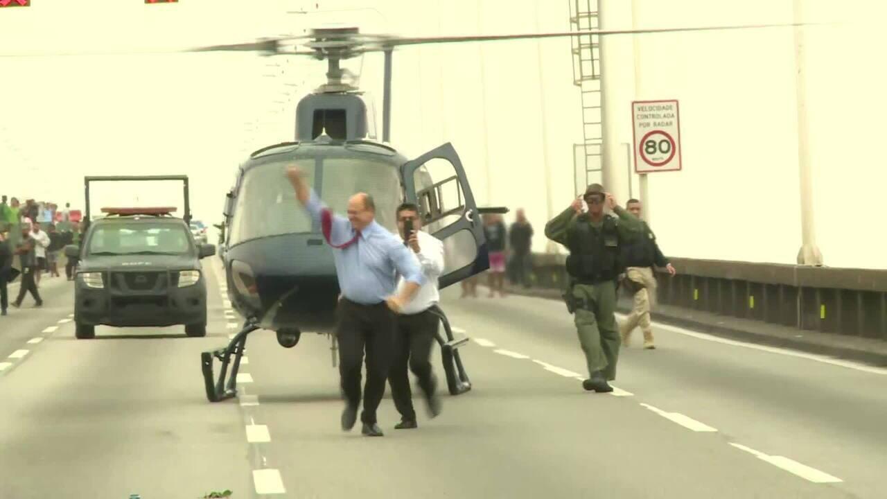 Governador do Rio, Wilson Witzel, desembarca na Ponte Rio-Niterói e comemora