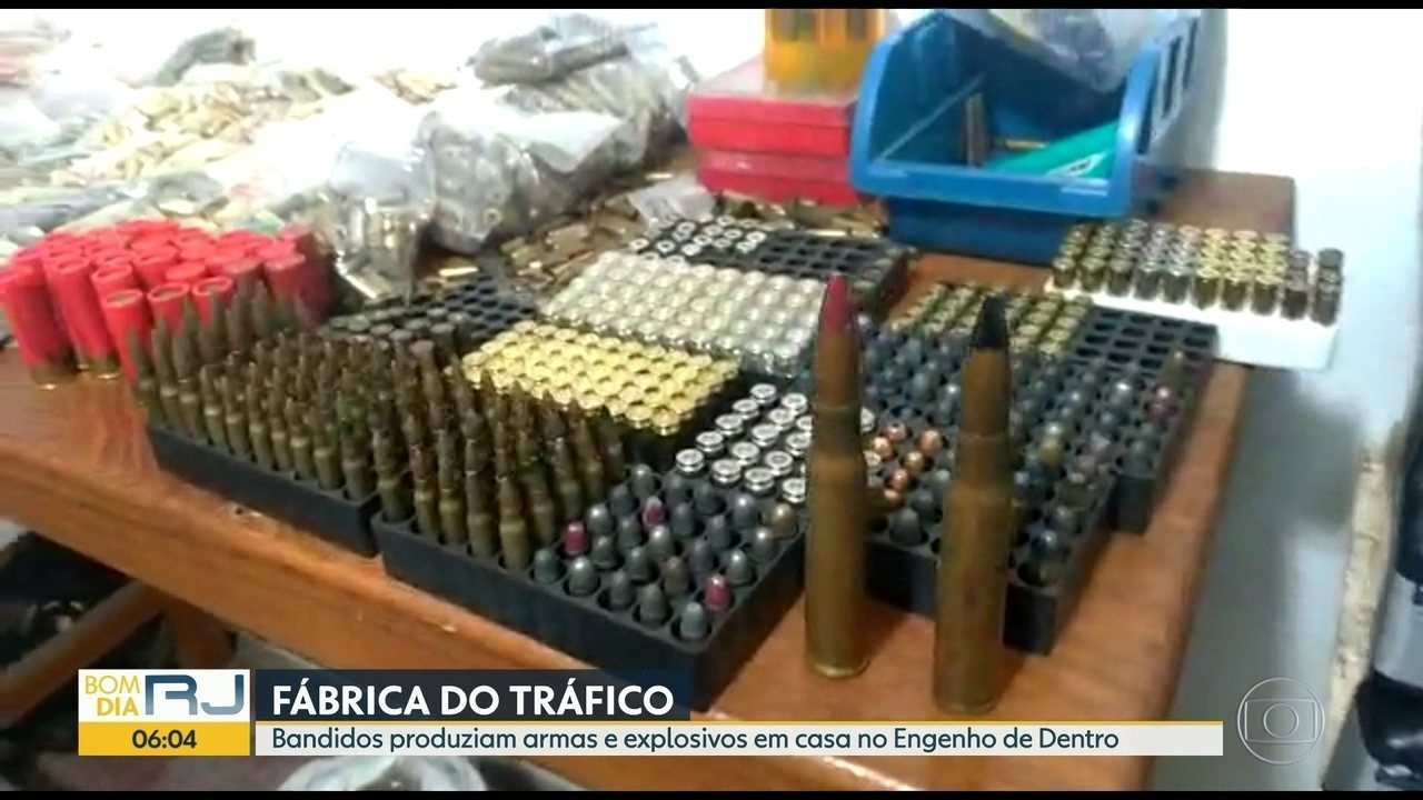 Polícia Militar encontra fábrica de armas e explosivos na Zona Norte
