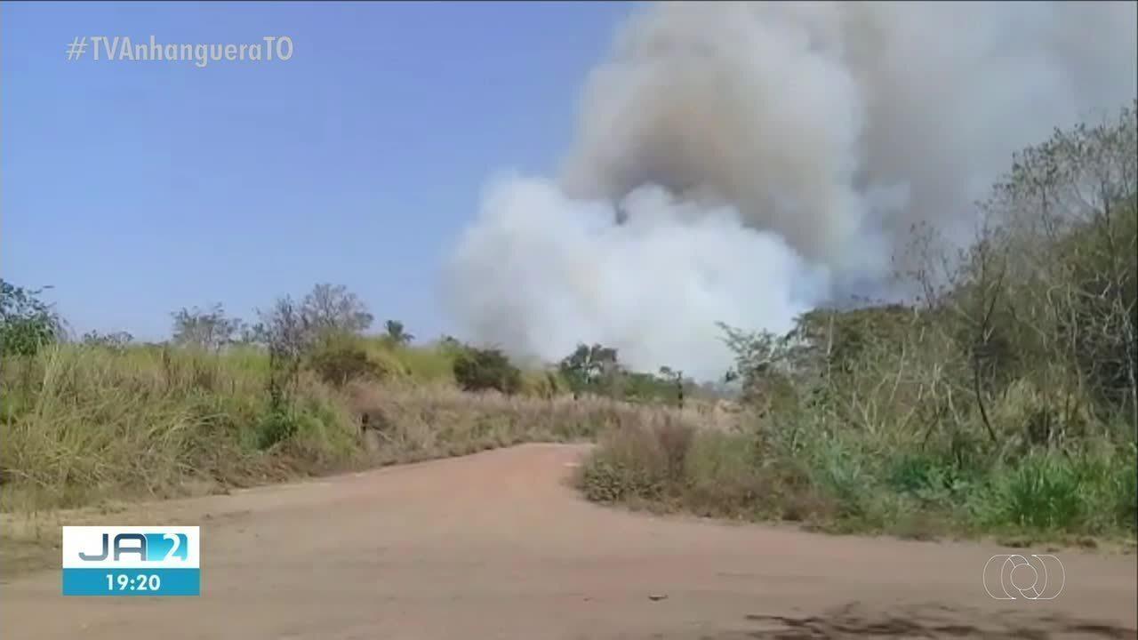 Fazendas próximas de ferrovia são atingidas por queimada