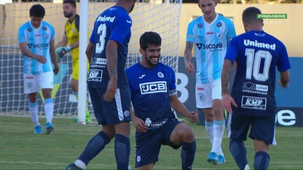 Gol do São Bento! Zé Roberto cabeceia e marca o seu terceiro gol no jogo, aos 47 do 1º