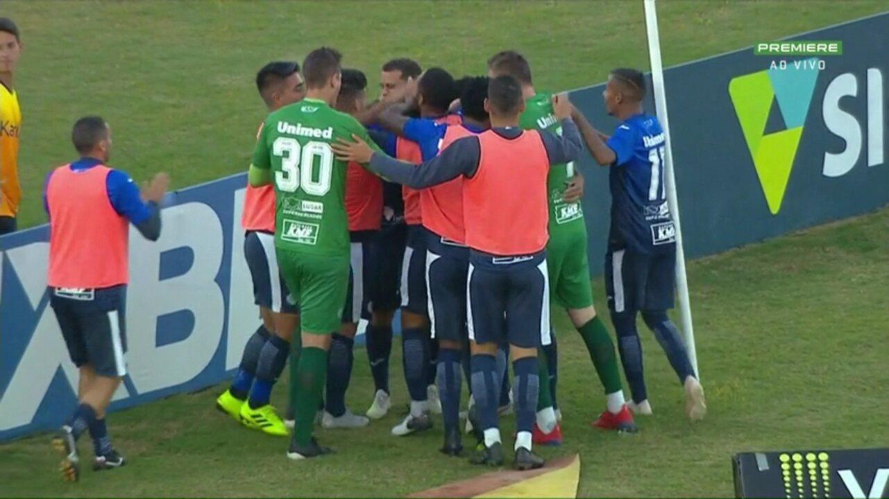Gol do São Bento! Zé Roberto recebe na cara do gol e marca o seu quarto no jogo
