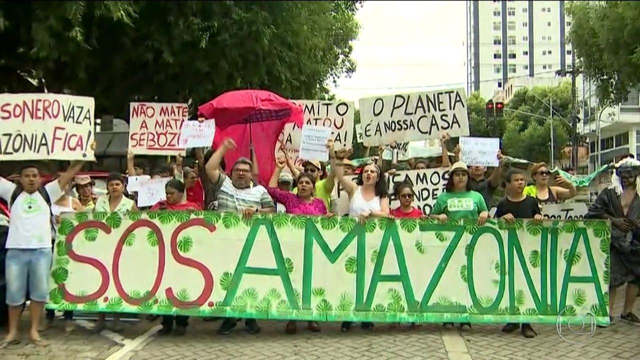 Manifestantes volta às ruas no Brasil e no exterior em defesa da Amazônia