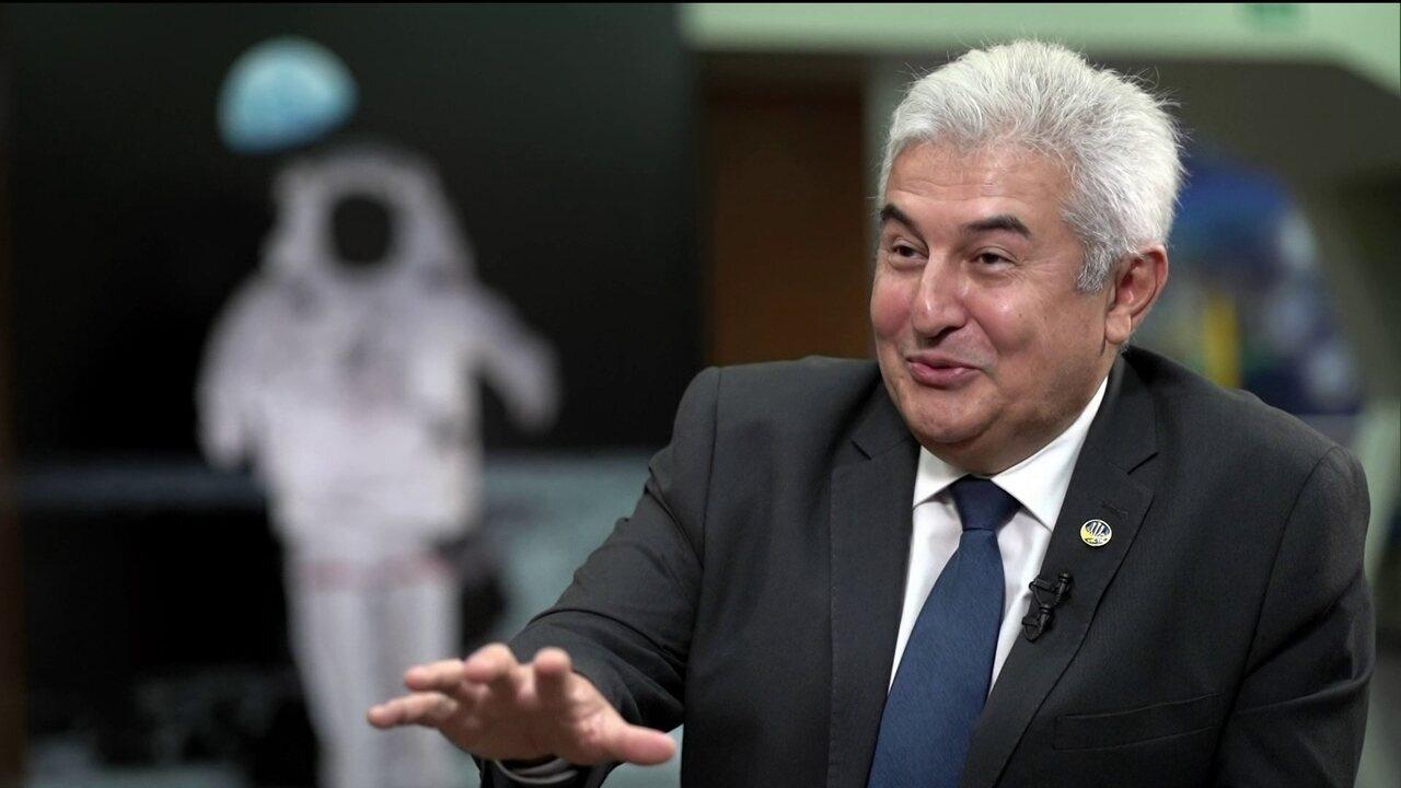 Andréia Sadi entrevista o ministro de Ciência e Tecnologia, Marcos Pontes. Programa vai ao ar nesta quarta-feira (28), às 21h30, na GloboNews.