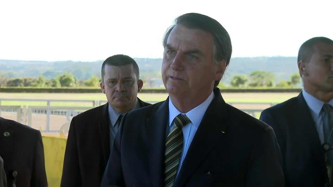 Bolsonaro diz que aceita ajuda do G7 se Macron retirar 'insultos'
