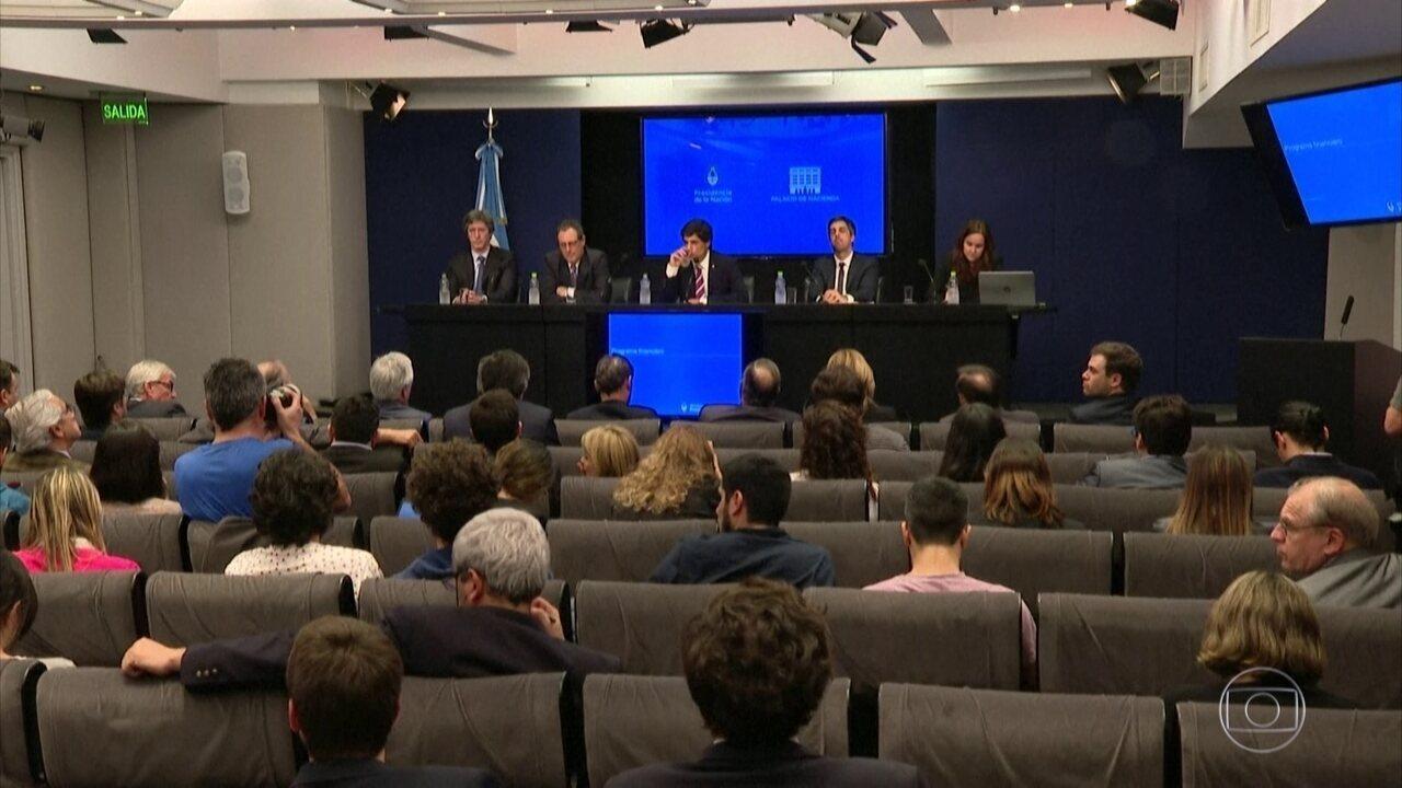 Argentina pede prazo maior para pagar empréstimos com FMI e credores privados