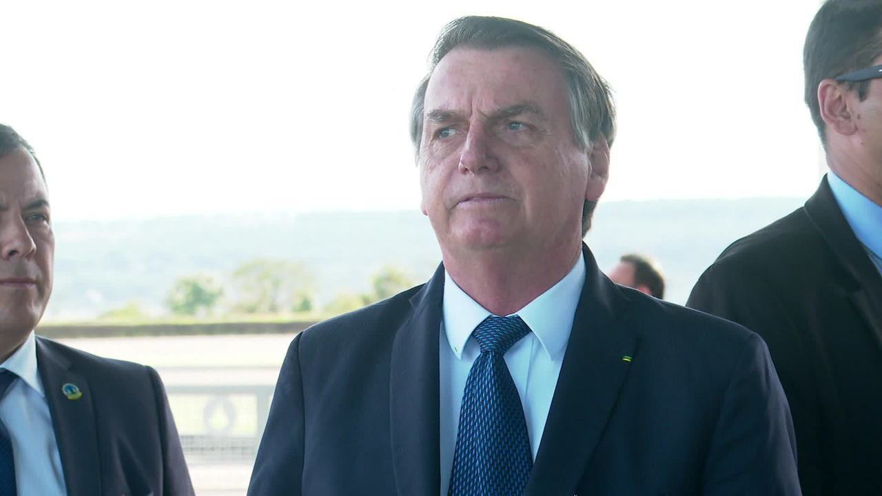 'Não sendo obrigado, não tem mais reserva indígena no Brasil', diz Bolsonaro