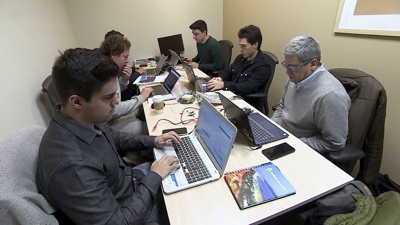 Startup cria plataforma para imprimir apostilas para estudantes de graça