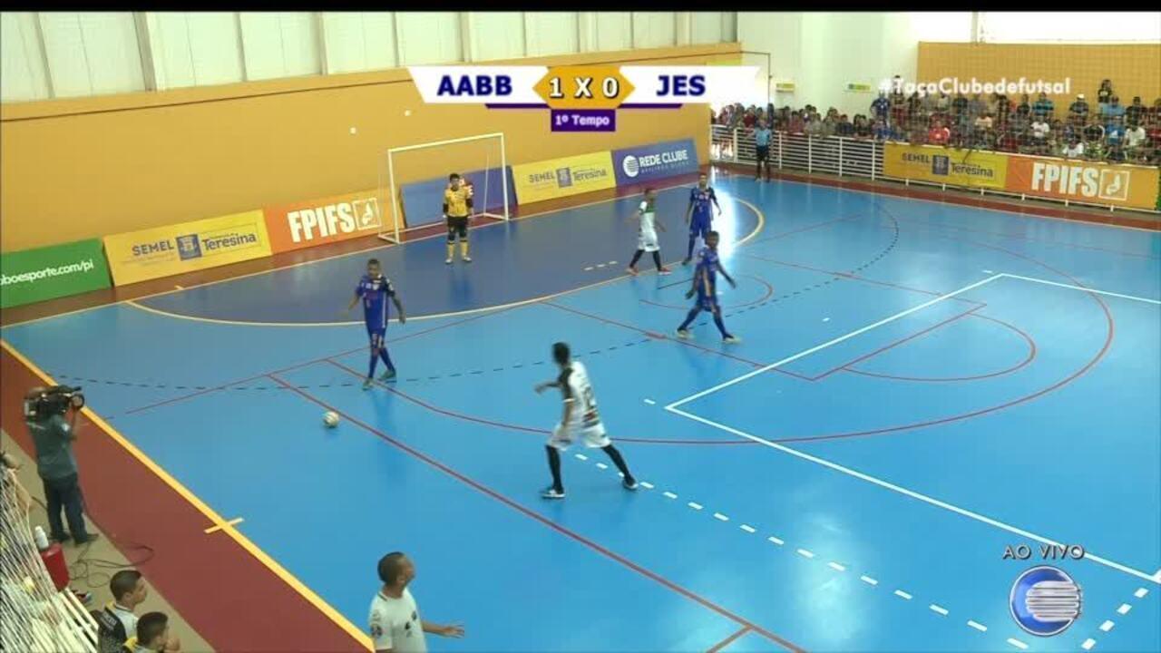 Taça Clube de Futsal: Assista o 1º tempo da final na íntegra