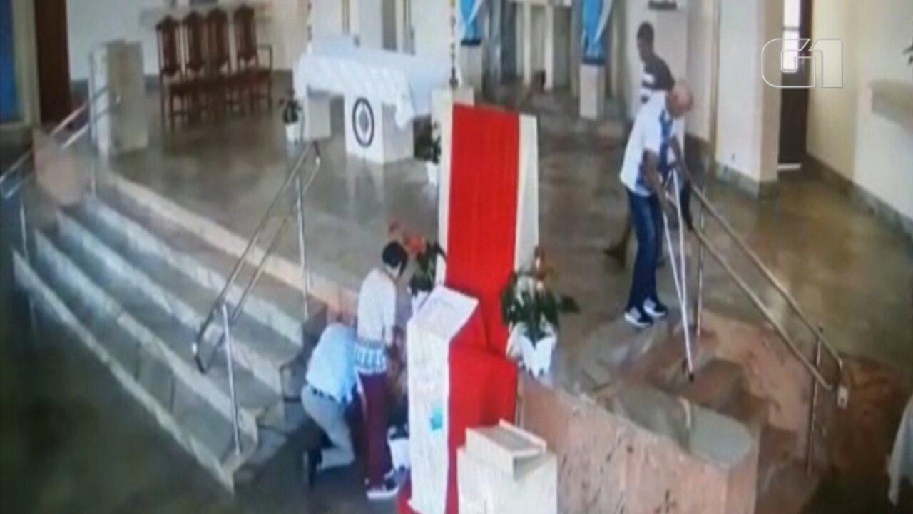Suspeito de furtar carteira de mulher em igreja é preso em Santa Cruz do Rio Pardo