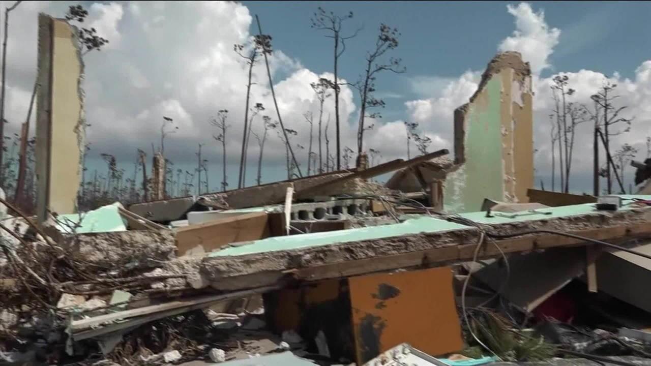 Dorian vira ciclone pós-tropical, mas continua perigoso