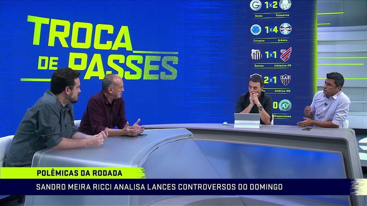 Mesa debate sobre o pênalti para Náutico contra o Paysandu pela série C