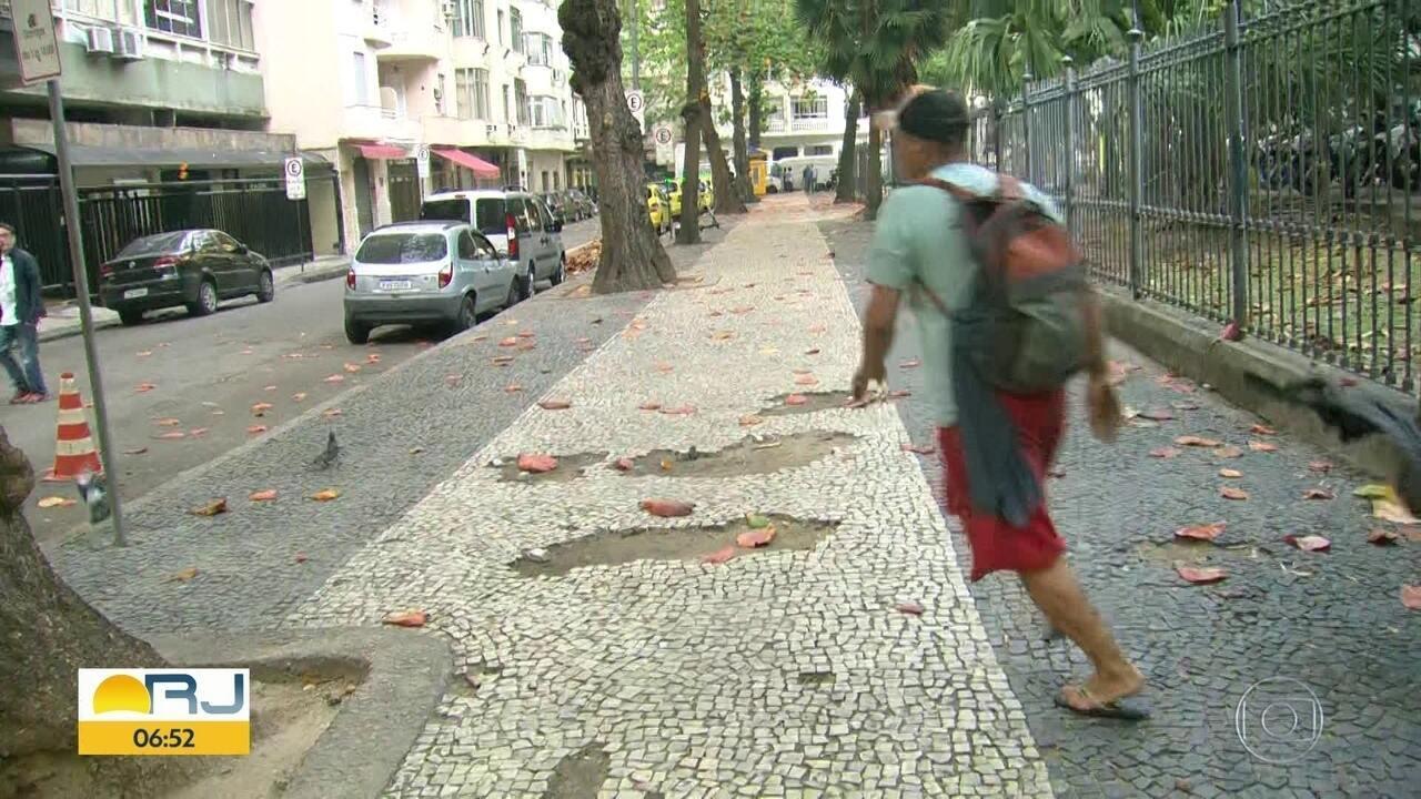 Flagrante: homem tem celular furtado em Copacabana