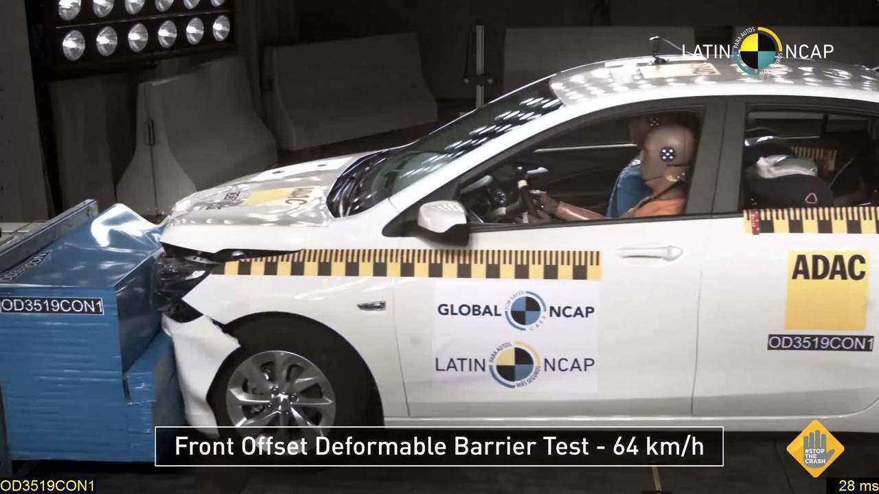 Chevrolet Onix Plus recebe 5 estrelas em teste de colisão do Latin NCAP
