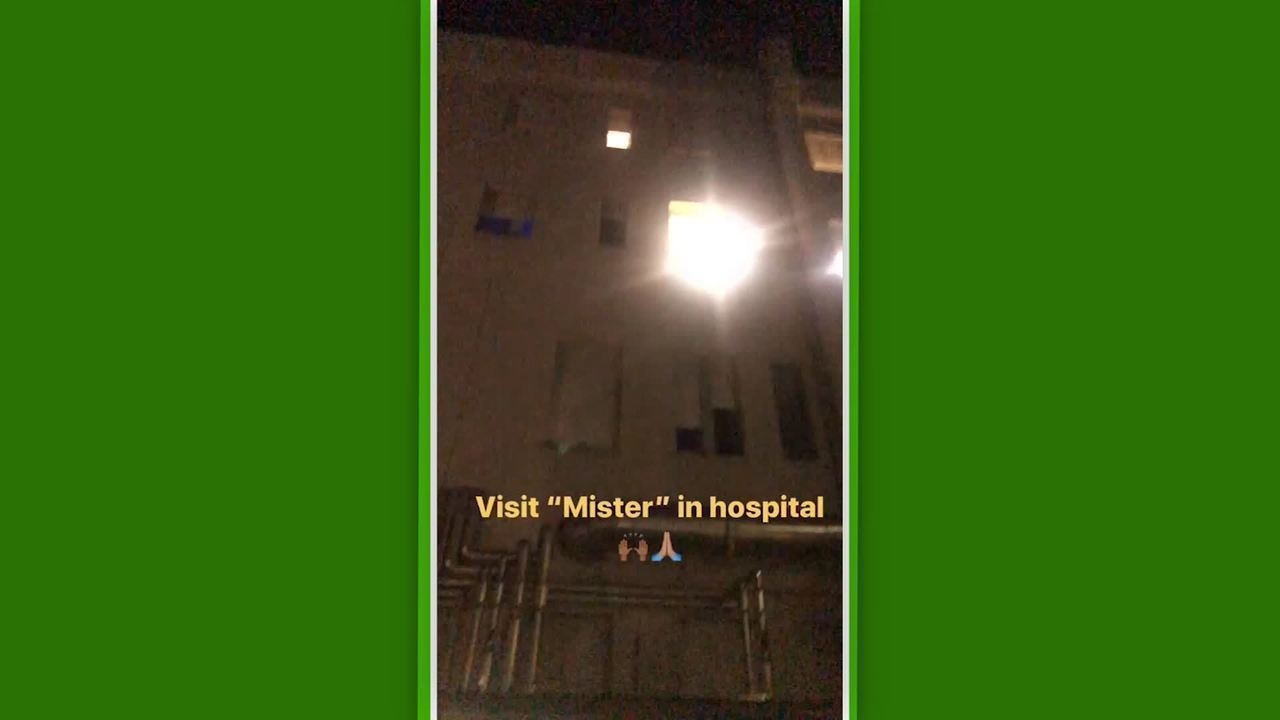 Jogadores do Bologna fazem homenagem na porta do hospital para técnico Mihajlovic