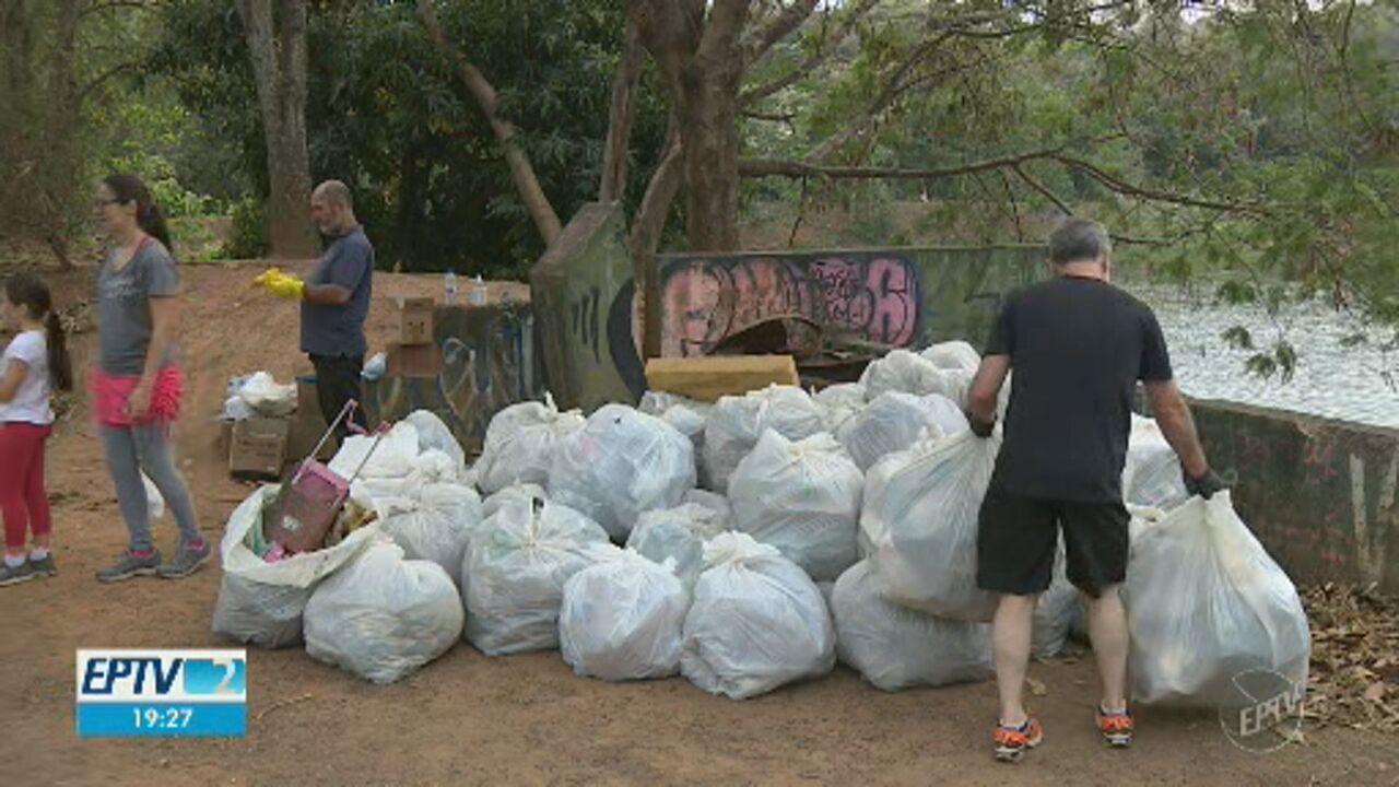 No Dia Mundial da Limpeza, voluntários recolhem lixo e entulho das ruas de Campinas