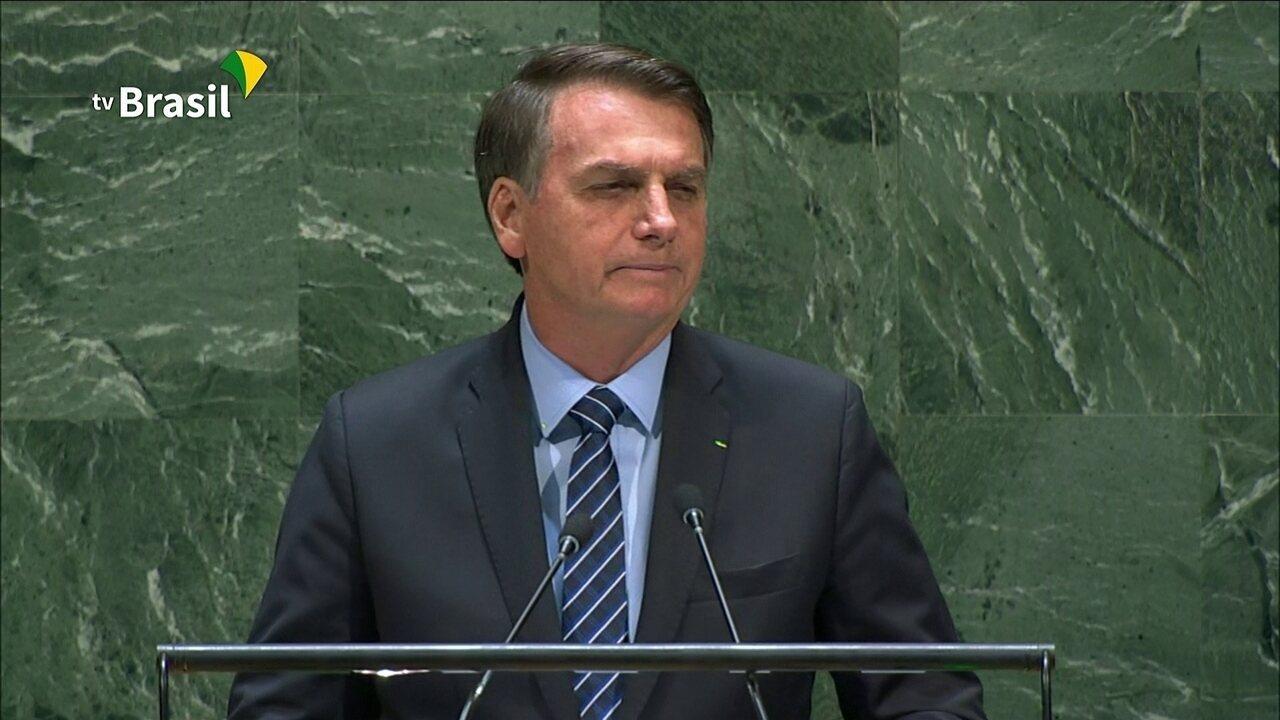 Bolsonaro diz que Amazônia permanece 'praticamente intocada'