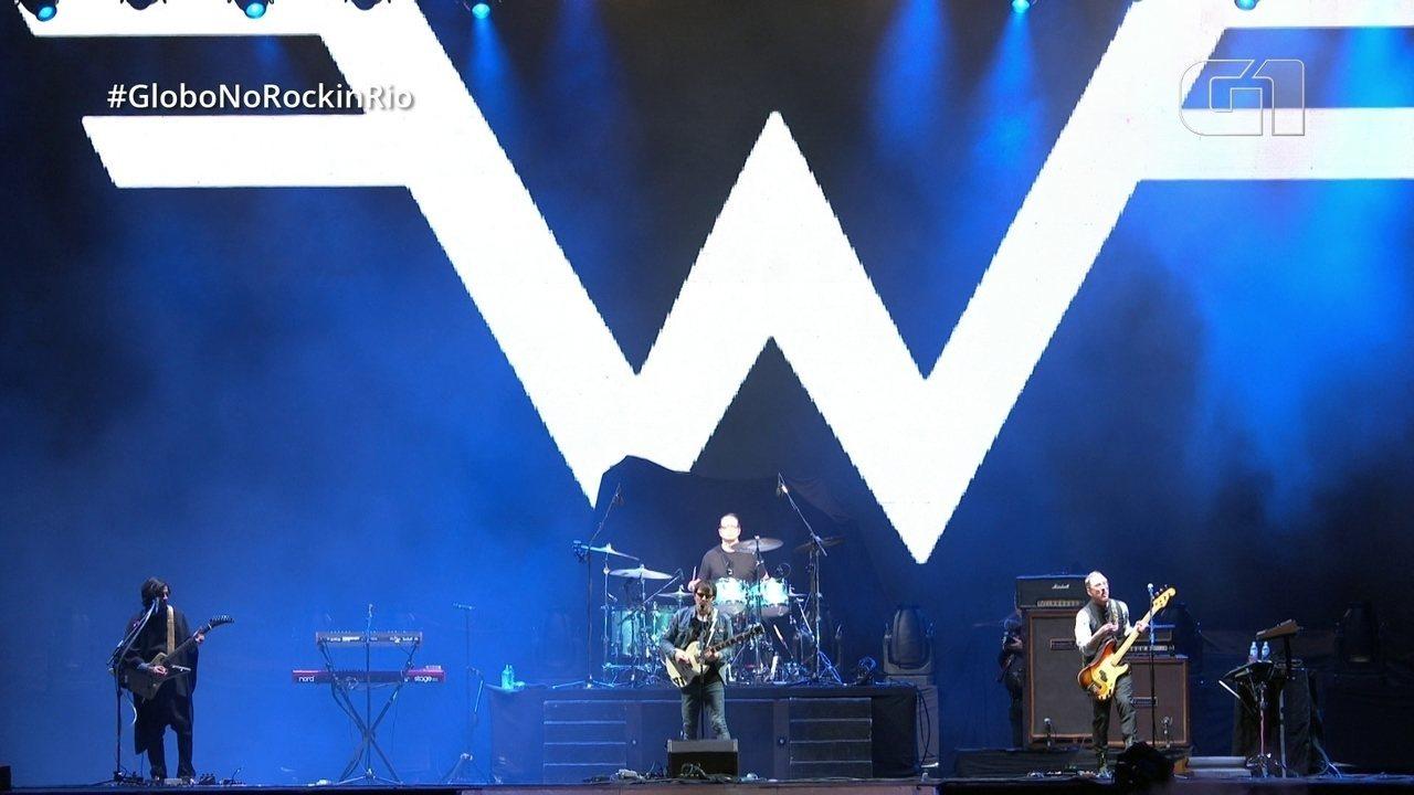 """Weezer canta """"Say it ain't so"""" no Rock in Rio"""