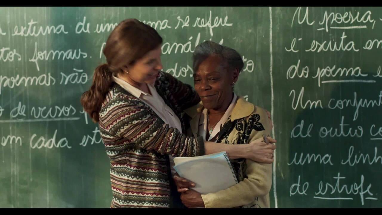 Dona Jurema emociona estudantes em 'Segunda Chamada'; veja prévia!