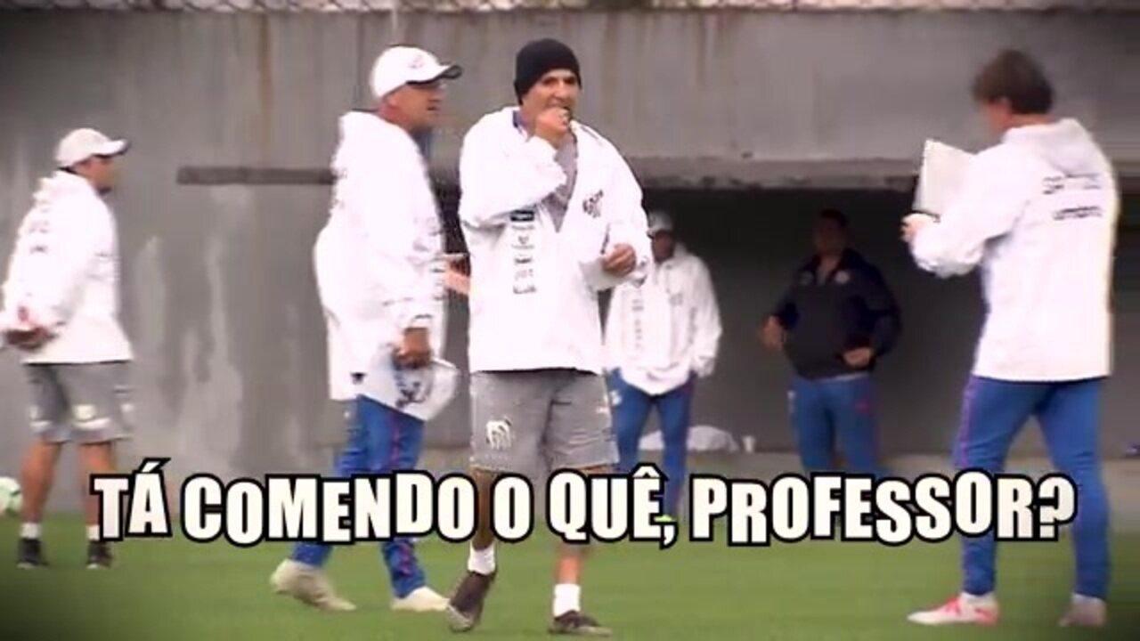 Jorge Sampaoli come papel em treino do Santos