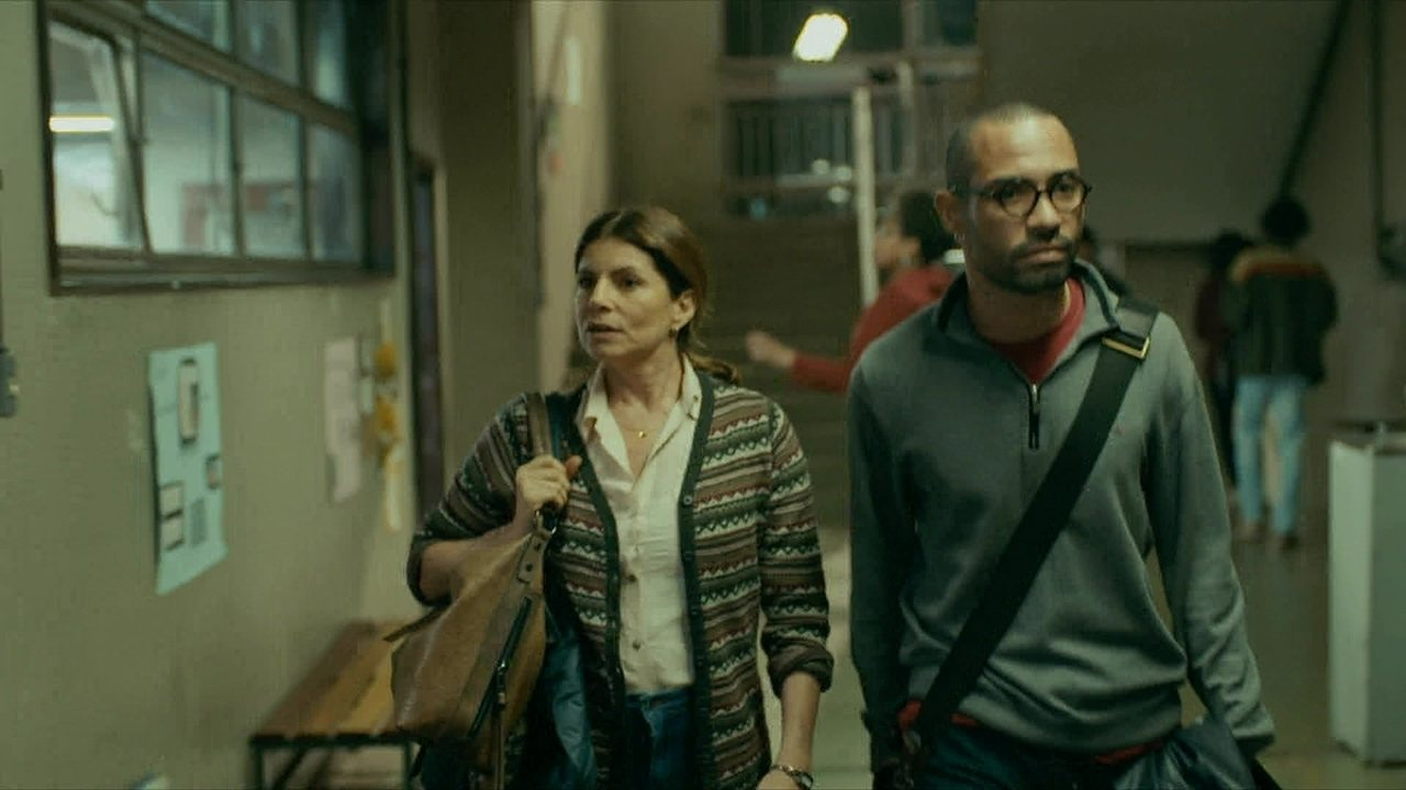 Marco André chega à escola e Jaci percebe que fez confusão