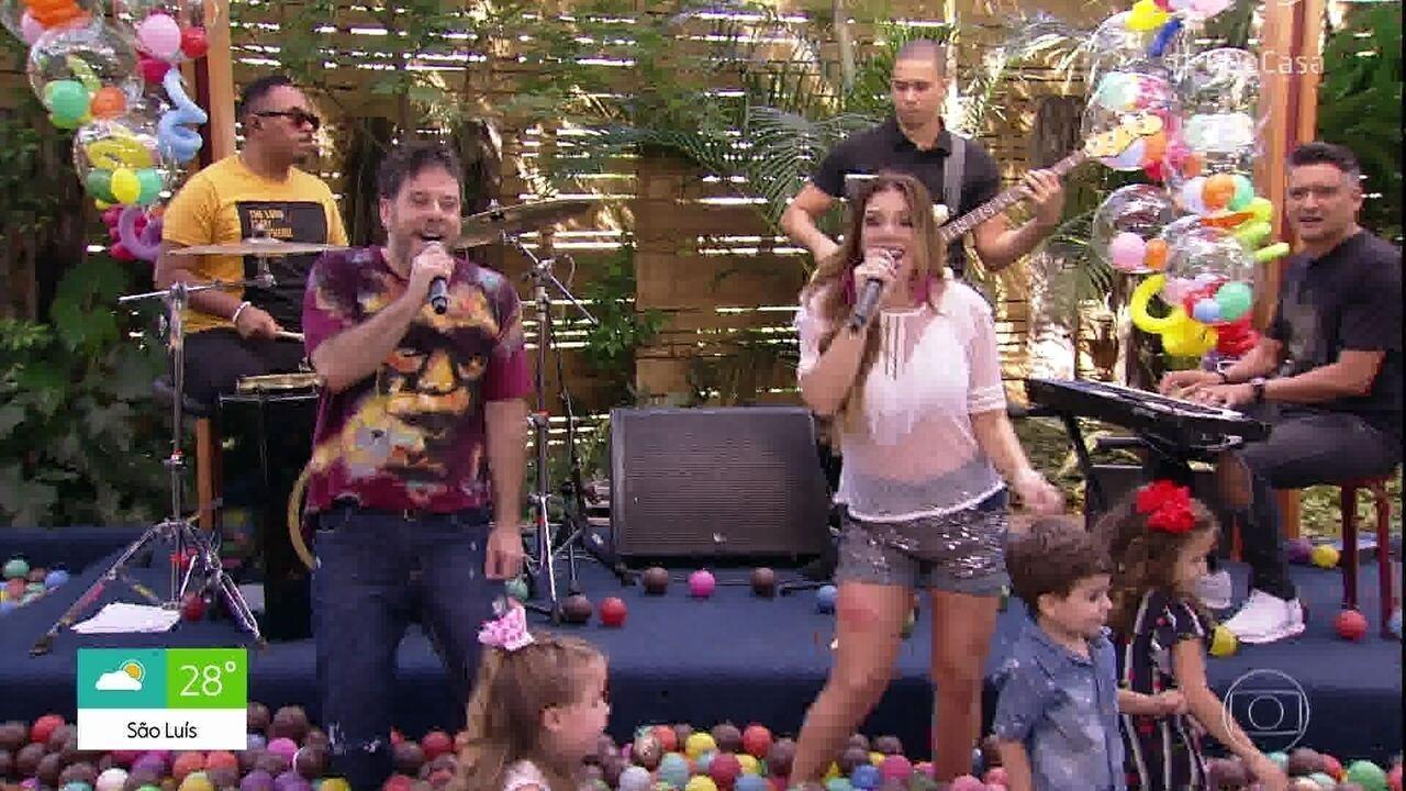 Balão Mágico canta 'Amigos do Peito'