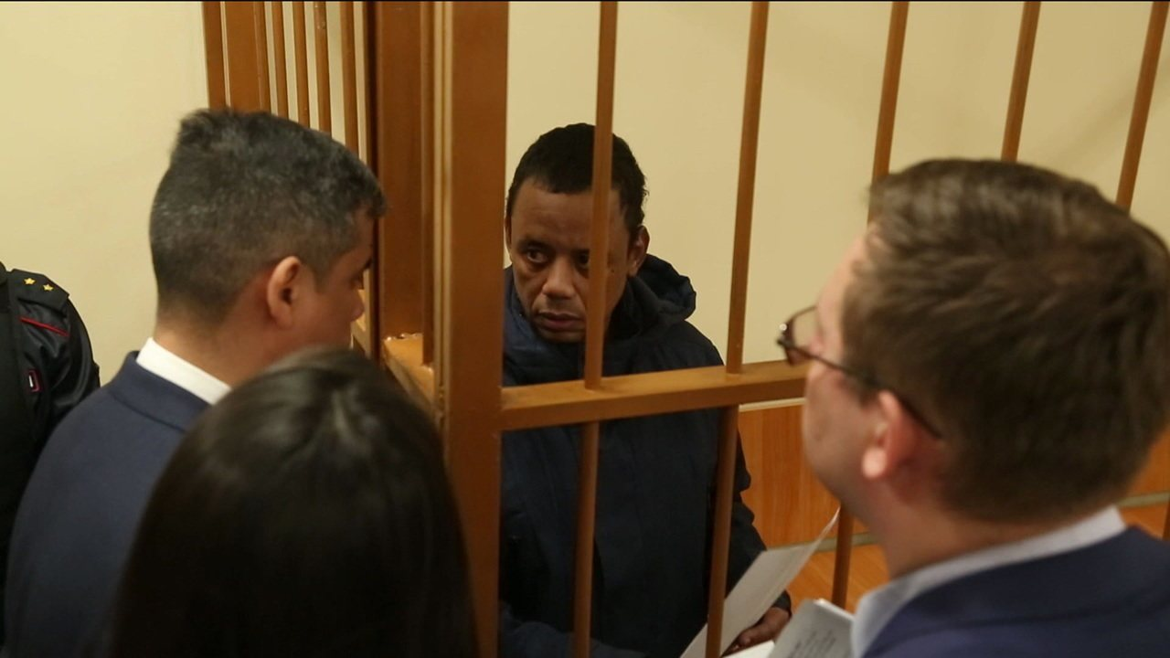 Robson Oliveira fala pela primeira vez sobre prisão na Rússia e manda recado para família de Fernando