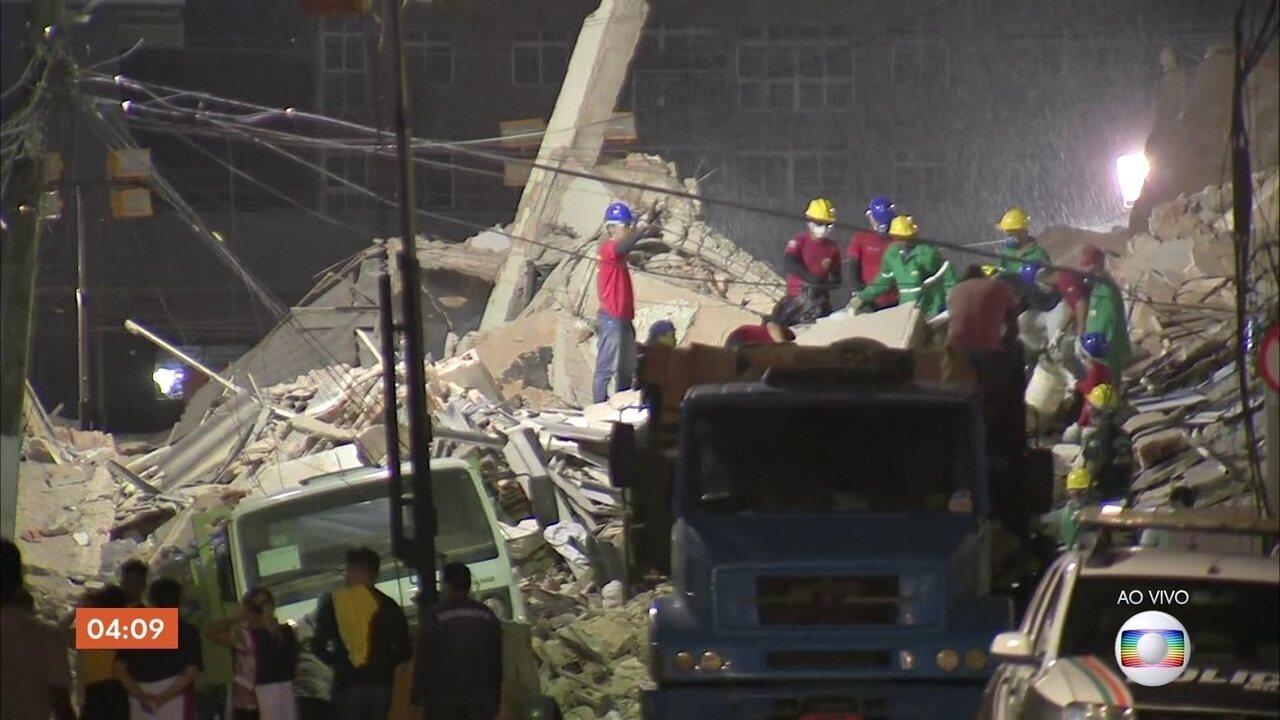 Equipes seguem na busca por sobreviventes após desabamento de prédio em Fortaleza