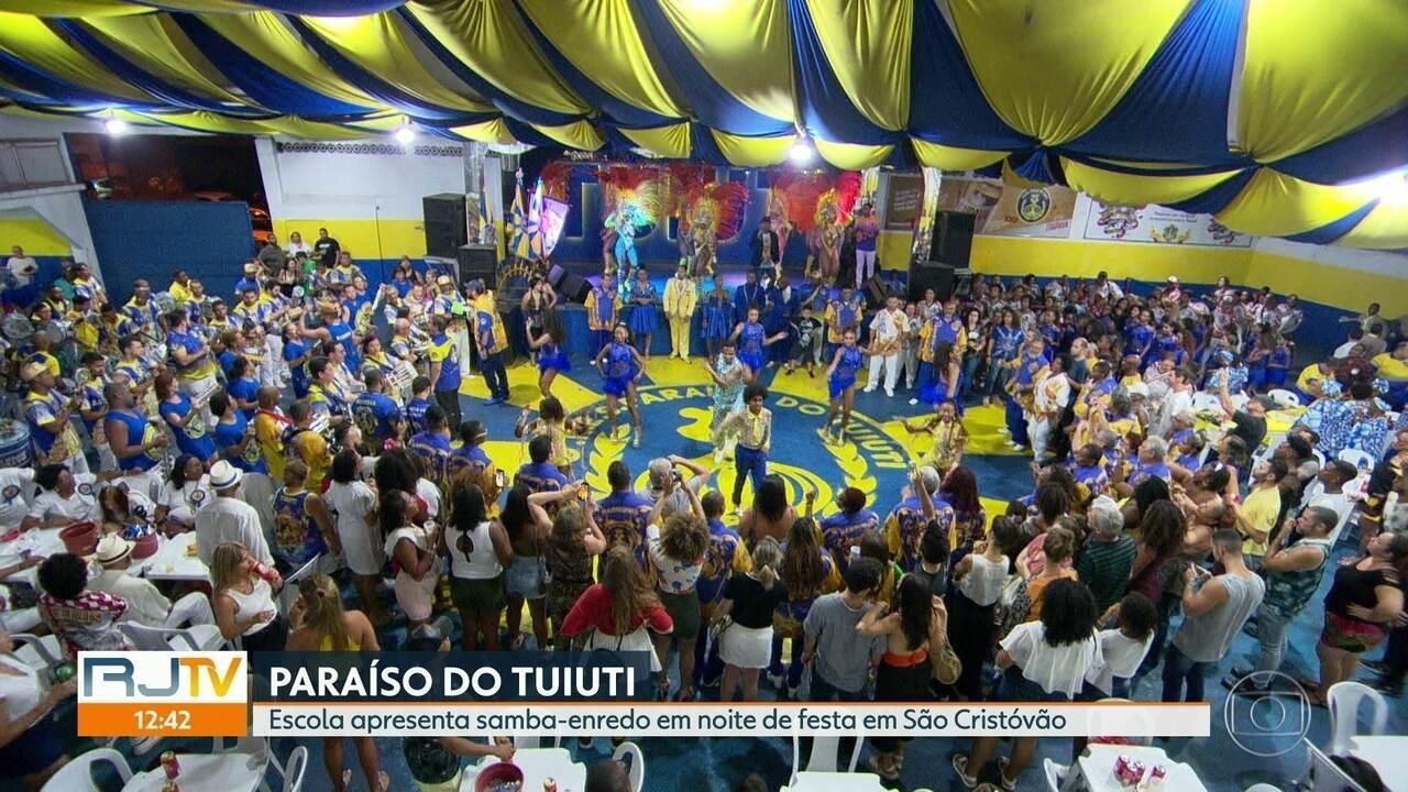 Paraíso do Tuiuti apresenta samba-enredo na quadra da escola