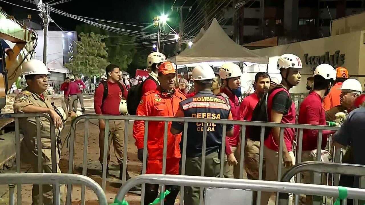 Bombeiros encontram 9ª vítima do desabamento de prédio em Fortaleza