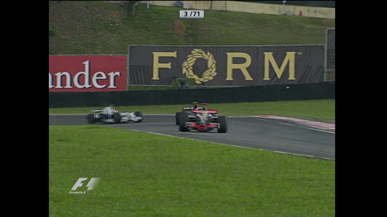 Lewis Hamilton conquista o título mundial de Fórmula 1 de 2008