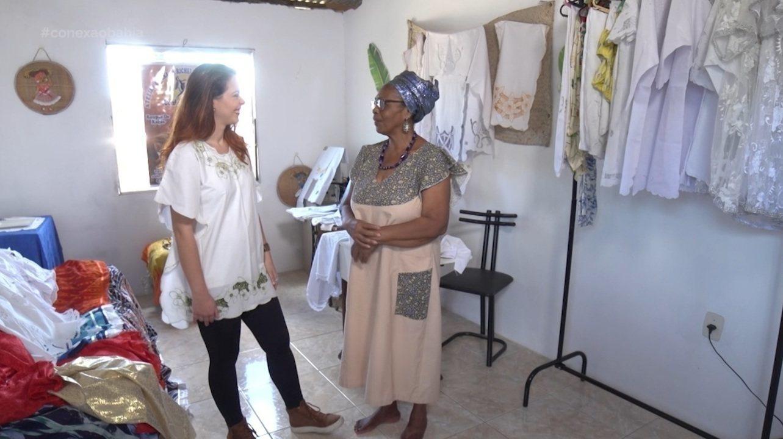 Briza se conecta com a bordadeira Solange Santana, que utiliza a técnica de rechilieu