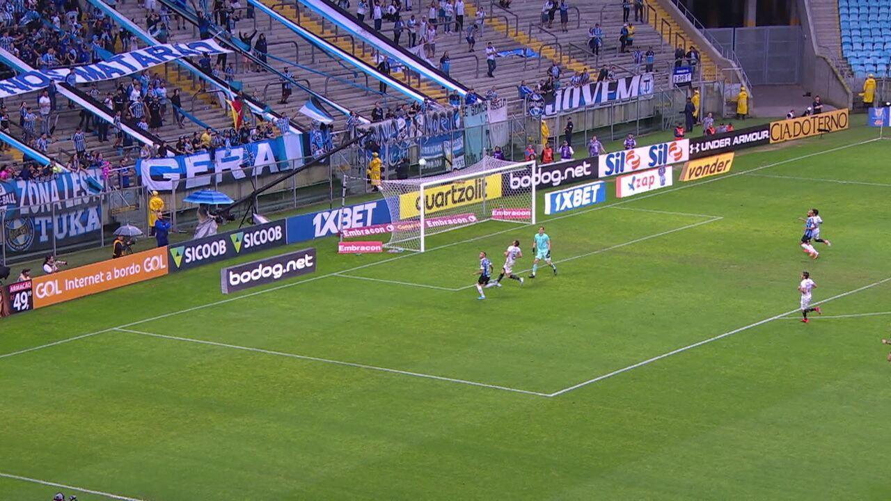 Melhores momentos de Grêmio 3 x 0 Botafogo pela 28ª rodada do Campeonato Brasileiro